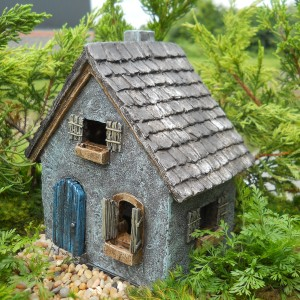PRIMITIVE-COTTAGE-300x300